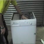 Saftey make sur you know what your doing before pushing the tumble dryer's drum by hand