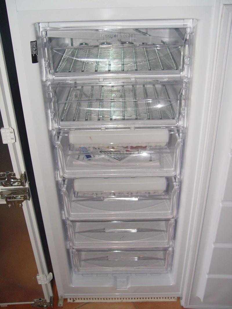 frigor ficos congeladores para venda. Black Bedroom Furniture Sets. Home Design Ideas
